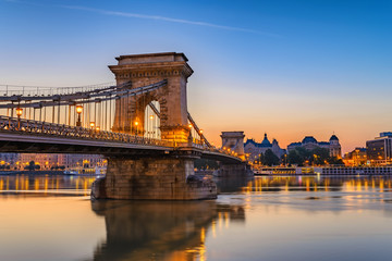 Foto op Canvas Boedapest Budapest Chain Bridge and city skyline when sunrise, Budapest, Hungary