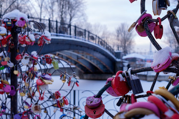 Wall Murals Roe Padlock as a symbol of happiness on a metal tree
