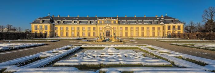 Herrenhäuser Gärten Winter Panorama