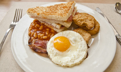 English breakfast - egg, bacon, beans and toast