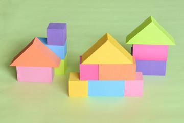 カラフルな積木の家