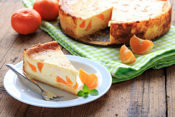 Cheese cake with mandarins