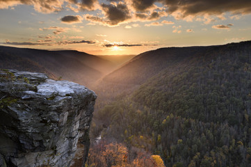 Fototapete - View of Cliff and Mountain Pass at Sunset in Autumn