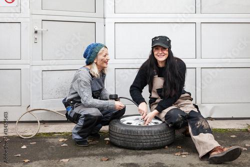 Viel Spaß Mit Zwei Heißen Frauen