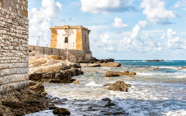 Foto op Plexiglas Stad aan het water Sea view with Ligny Tower, Trapani, Sicily. Italy.