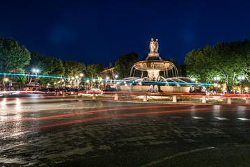 Place de la Rotonde de nuit, Aix en Provence