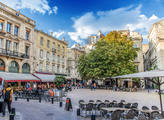 Bordeaux, Place Saint Pierre