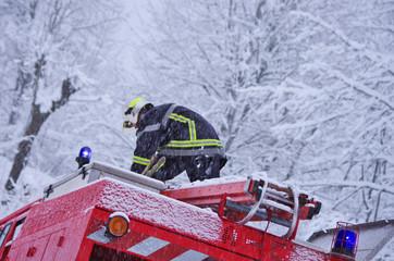 pompiers - intervention en hiver