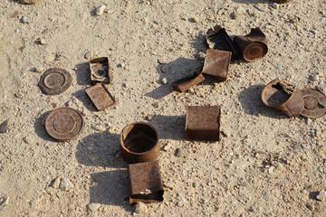 Altes Militärlager. Verrostete Hinterlassenschaften südafrikanischer Truppen von 1915, Welwitschia Drive, Swakopmund, Namibia