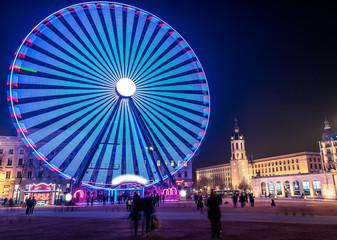Grande roue située place Bellecour à Lyon