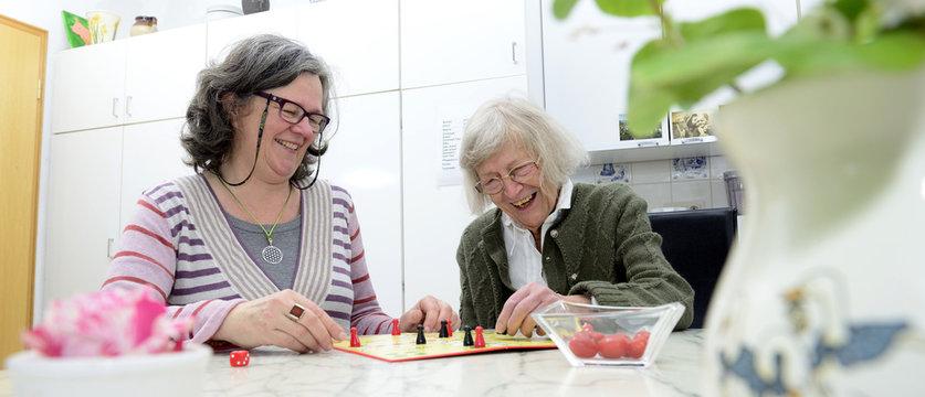 Senioren Häusliche Altenpflege Banner