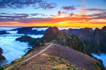 beautiful sunset over the mountains, Madeira Island, Portugal Fototapete
