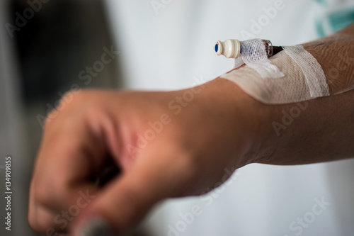 how to take off surgical tape