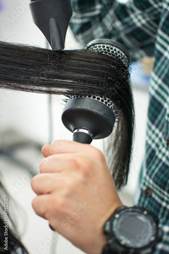 how to use a round brush on long hair