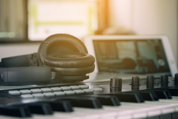 Headphone for home music studio set up