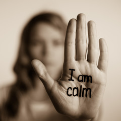 sing I am calm on the palm of hand