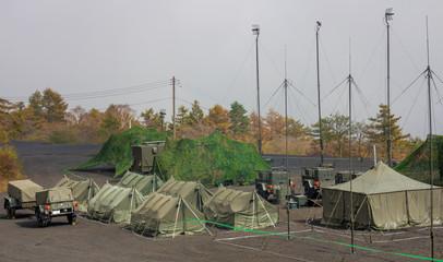 自衛隊の野営キャンプ