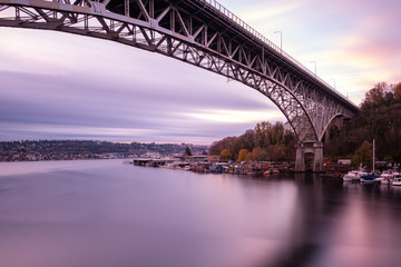 Long exposure of the morning light and bridge over Lake Union