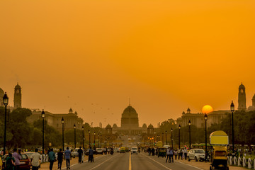 Wall Mural - Sunset nearby the Rashtrapati Bhavan, the Presidential Residence, New Delhi, India.