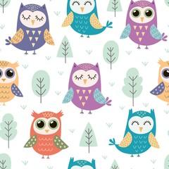 Cute owls seamless pattern