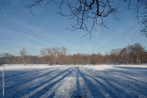 Englischer Garten In Munchen Im Winter Stockfotos Und Lizenzfreie