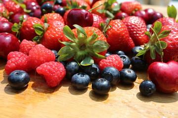 Berries: strawberries, blueberries, raspberries, cherries