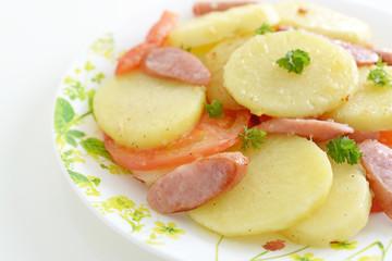 おいしそうなジャガイモ料理