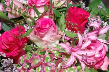 Rosa Blumengesteck