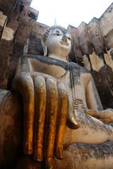 Ancient statue at Wat srichum , Sukhothai , Thailand