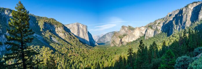 Yosemite Valley panorama Wall mural