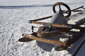 Old-fashioned steering sled