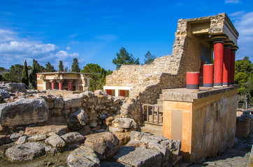Wall Mural - Old walls of Knossos near Heraklion. The ruins of the Minoan palaces is the largest archaeological site of all the paleces in Mediterranean island of Crete, UNESCO tentative list, Greece