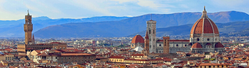 Poster de jardin Florence view of Florence with Old Palace and Dome of Cathedral from Mich