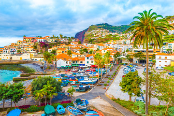 Panoramic view over Câmara de Lobos  – Madeira island, Portugal Fototapete