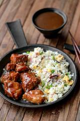 porc au caramel et riz frit 1