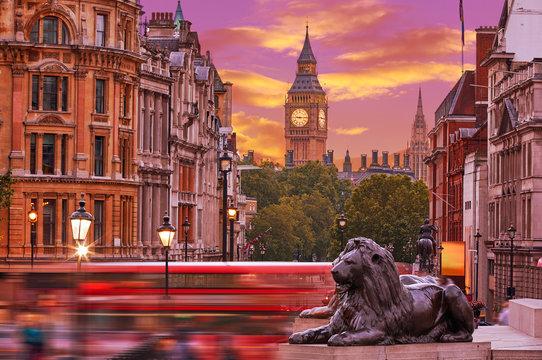 London Trafalgar Square lion and Big Ben