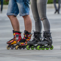 couple on rollers