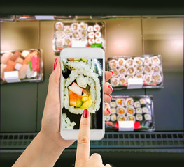 buying sushi with the smartphone