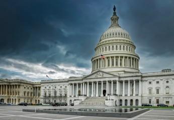 Das Capitol in Washington, düsteres Szenario