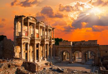 Fotobehang Rudnes Library of Celsus, Ephesus, Turkey