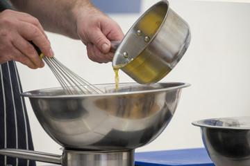 Food preparation - hollandaise sauce
