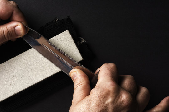 Knife Sharpening using the grindstone