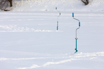 drill for ice - device for winter fishing