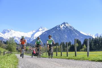 herrlicher Tag für eine Radtour im Gebirge