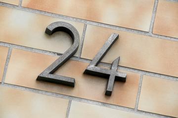Hausnummer 24