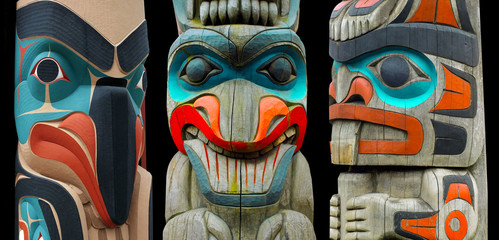 Totem Poles Wall mural