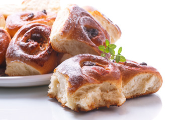 sweet rolls with raisins