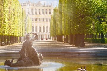Najadenbrunnen bei Schloss Schönbrunn Wien Österreich
