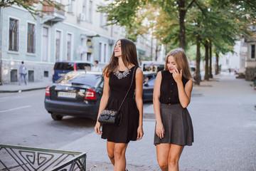 two girls HD