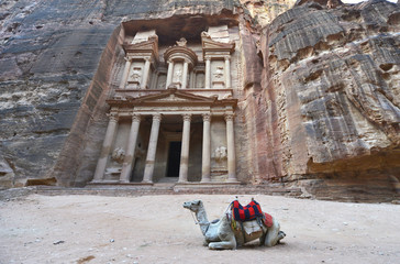 Tesoro, Al-Khazneh, en la ciudad antigua de Petra, Jordania